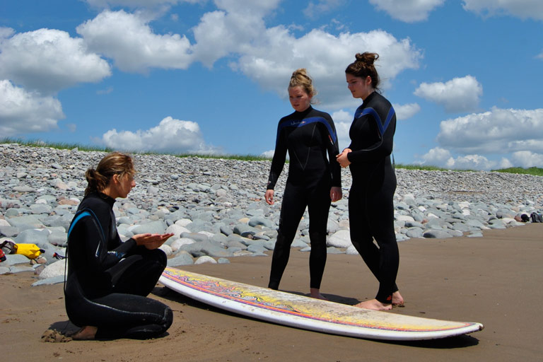 AwesomeAdventures_Surfing