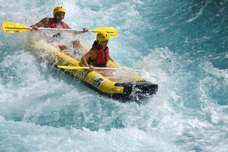 AwesomeAdventures_WhiteWaterRafting