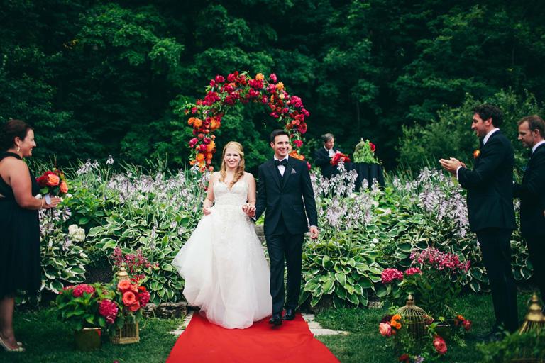A+Brit+&+A+Blonde+-+Niagara+winery+wedding-71