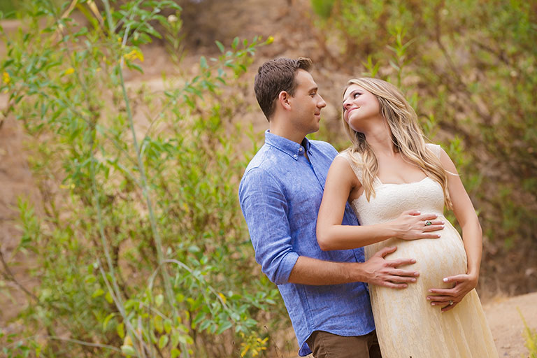 2life Don T Miss These 17 Romantic Couple Maternity Poses